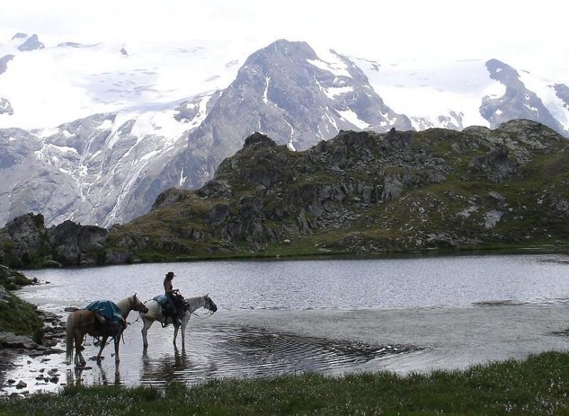 ideal-camping-allevard-belledonne-isere-environnement-nature