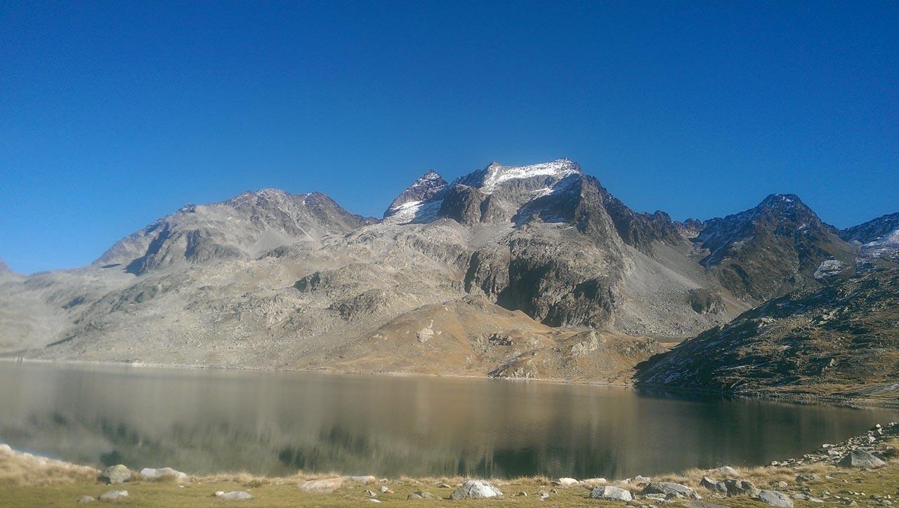 ideal-camping-allevard-belledonne-isere-environnement-paysage